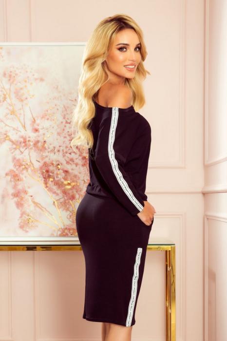 Rochie neagra cu buzunare si maneca lunga [1]