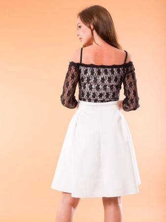 Rochie alba eleganta cu top din dantela neagra [1]