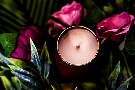 Lumânare Violete, Crini & Trandafiri