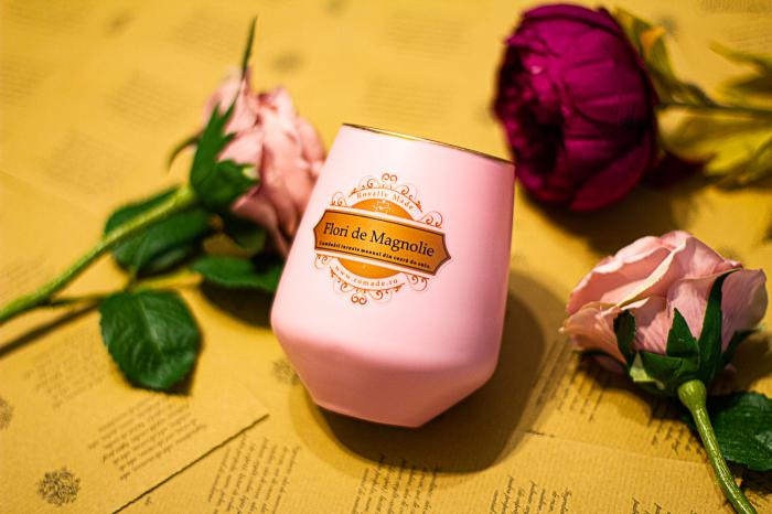 Lumânare Flori de Magnolie 1