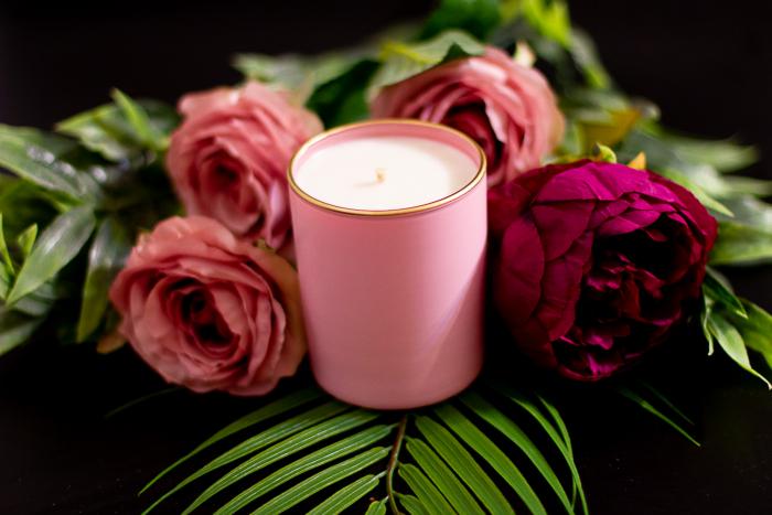 Lumânare Violete, Crini & Trandafiri 2