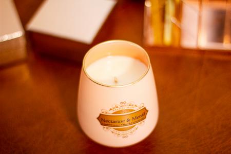 Lumânare Nectarine & Mentă1