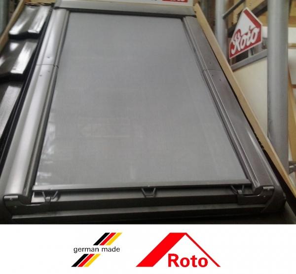 Roto R69G, 74/98, toc din lemn, izolatie WD, deschidere mediana, geam triplu 7