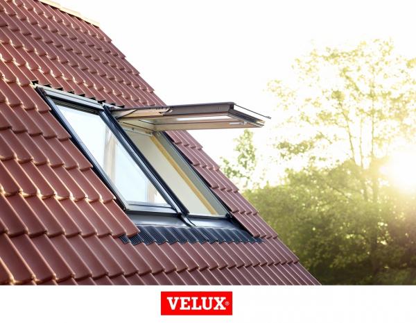 Velux Premium GPL 3066, 55/98, toc din lemn, deschidere mediana, geam triplu 5