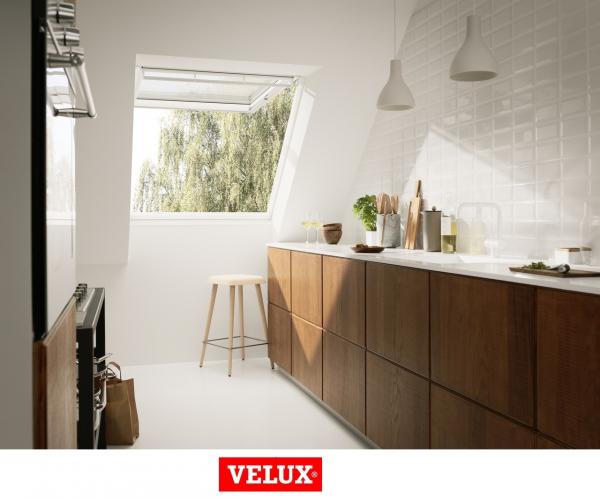 Velux Premium GPU 0066, 55/98, toc din poliuretan, deschidere mediana, geam triplu 2