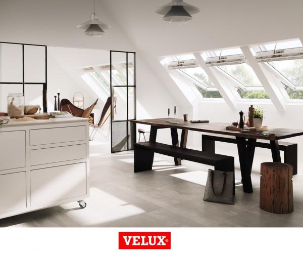 Velux Premium GGU 0066, 55/78, toc din poliuretan, deschidere mediana, geam triplu [4]