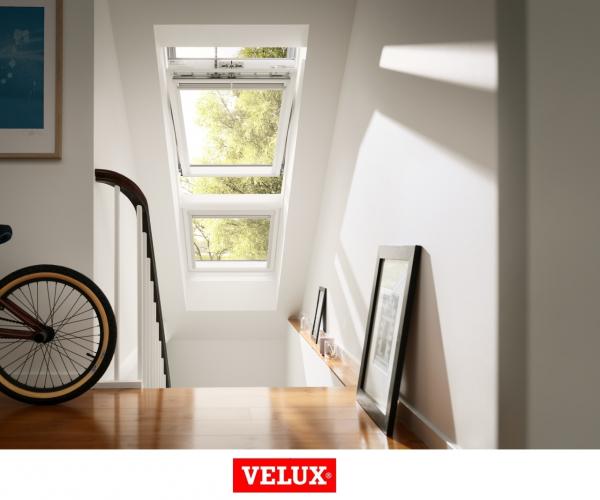 Velux Premium GGU 0066, 55/78, toc din poliuretan, deschidere mediana, geam triplu [2]