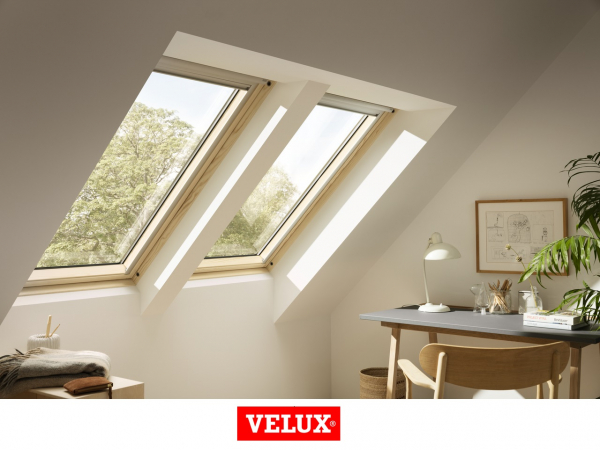 Velux Standard Plus GLL 1061, 55/78, toc din lemn, deschidere mediana, geam triplu [2]