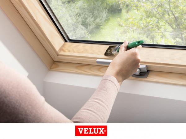 Velux Standard Plus GLL 1061B, 66/118, toc din lemn, deschidere mediana, geam triplu 3