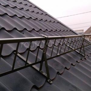 Pachet parazapada grilaj pentru tigla metalica ROOFS / RAL 70161