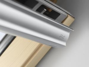 Velux Standard GZL 1051, 55/78, toc din lemn, deschidere mediana, geam dublu + rama etansare EDW 2000 [3]