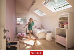 Fereastra mansarda Velux Premium GGU 006630, 55/78, toc din poliuretan, actionare solara, deschidere mediana, geam triplu12