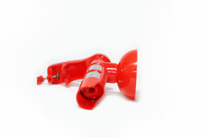 Masina de tocat rosii din plastic rosie1