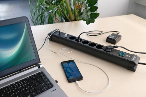 Prelungitor Brennenstuhl cu protectie Premium-Line, 6 prize si 2 usb-uri, USB-C, 3m 1