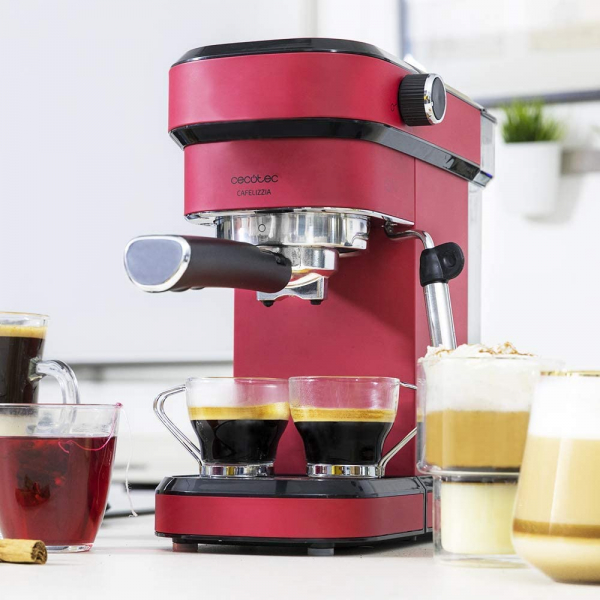 Espressor manual Cecotec Cafelizzia 790 Shiny 1583, 1350 W, Pompa de aburi 20 bar, Sistem de incalzire rapid, Capacitate 1.2 L [3]