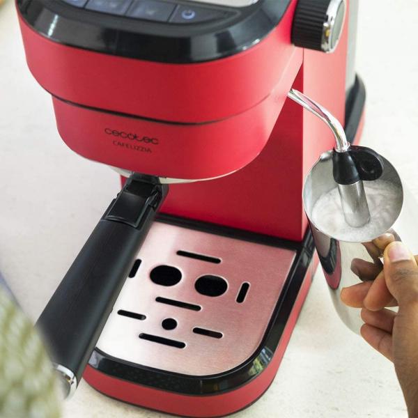 Espressor manual Cecotec Cafelizzia 790 Shiny 1583, 1350 W, Pompa de aburi 20 bar, Sistem de incalzire rapid, Capacitate 1.2 L [4]
