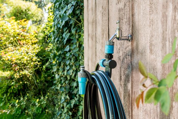 Suport perete pentru furtun cu adaptor pentru robinet Cellfast [1]