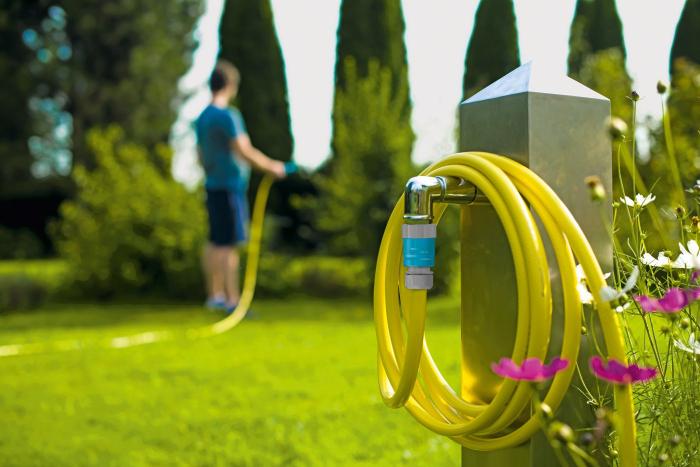 """Set furtun pentru gradina Cellfast Plus cu 3 straturi, 1/2"""", Armat, 25m, protectie UV, stropitor, conector [3]"""