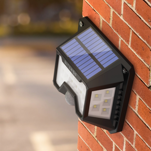 Set 2 lampi solare BlitzWolf BW-OLT3, LED, 32 leduri, incarcare solara si senzor de miscare [6]