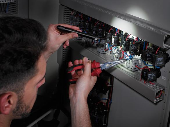 Lanterna LED Brennenstuhl LuxPremium TL 100F IP54, CREE-LED, 100lm, Focus 3