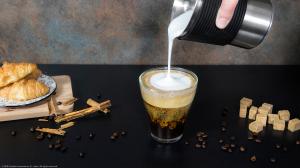 Aparat pentru spumarea laptelui Cecotec Power Latte Spume 5000, interior antiaderent, 650W, ciocolata calda [3]