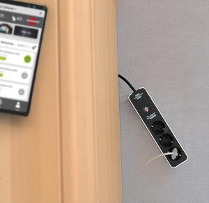 Prelungitor Smart Brennenstuhl Connect Ecolor WiFi, Alexa, Google [6]