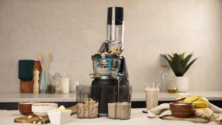 Storcator de fructe si legume cu melc Cecotec Juice&Live 1500 Pro, 250 W, Recipient suc, Recipient pulpa, Functie Reverse, Negru/Inox [1]