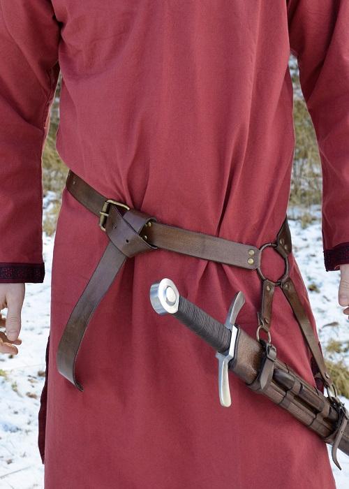 Curea medievală cu suport pentru spadă [1]
