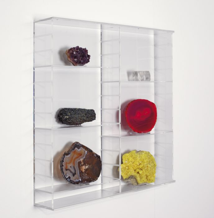 Vitrina acrilica pentru machete, figurine, roci, minerale - 500 x 500 x 110 mm-5210 [0]