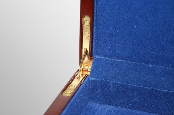 Cutie din lemn acoperit cu lac de pian, cu 3 tavi in catifea pentru 90 monede de 34 mm - Premium-5791 [1]