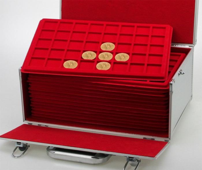 Valiza GIGANT cu 15 tavi rosii pentru 600 medalii cu diametrul de pana la 34 mm-279 [0]
