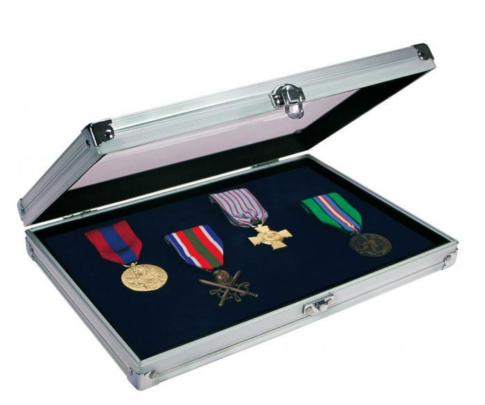 Vitrina aluminiu pentru medalii, insigne de rever, decoratii militare-5618 [0]
