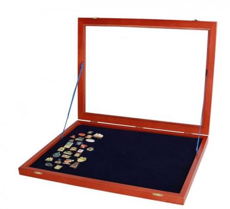 Vitrina expunere medalii, decoratii militare, pini, insigne de rever - XL-5998 [1]
