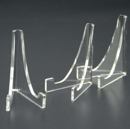 Suport triunghi, sticla acrilica, pentru monede medalii ceasuri de buzunar - 100 x 80 mm - 3 bucati-5272 [1]