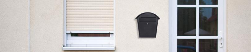 Cutii postale & cutii colete
