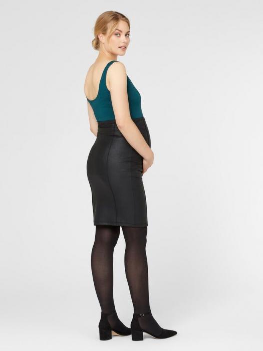 fusta-gravide-aspect-cerat-mamalicious-luna-coated 4