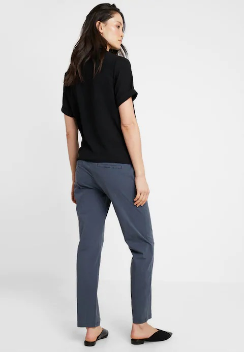 Pantaloni chino pentru gravide Mamalicious Playa 5