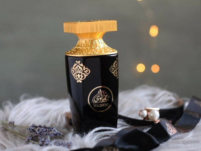 Apa de parfum Madawi 3