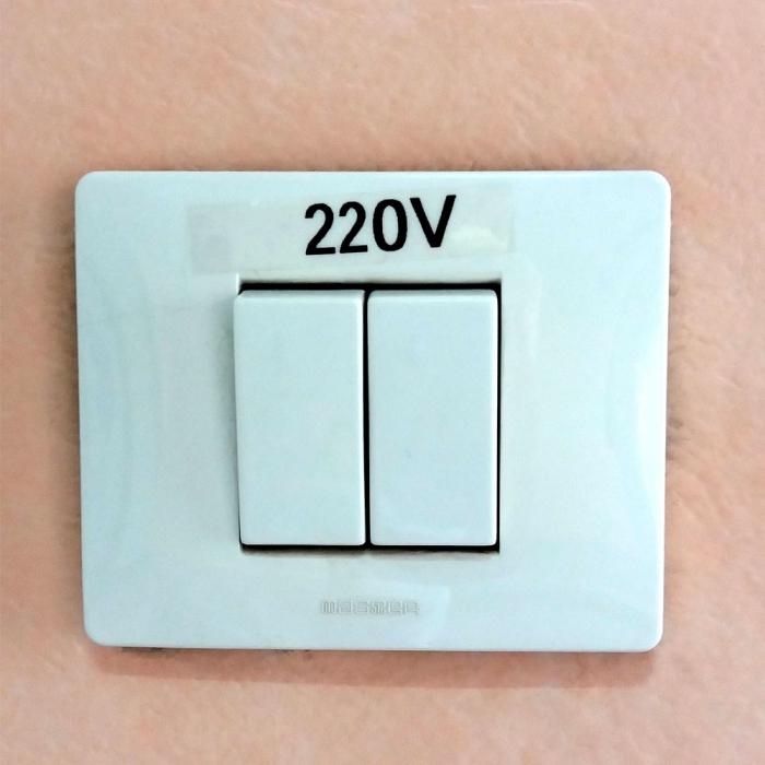 Etichete industriale autocolante compatibile, DYMO ID1, poliester permanent, 19mm x 5.5m, negru/transparent, 622290-big