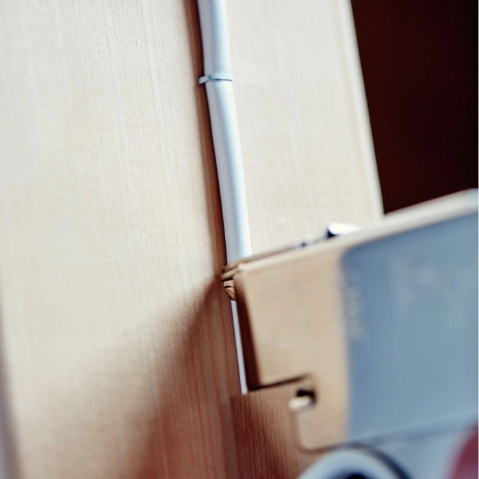 Capse albe Rapid 36/14 mm pentru cabluri, High Performance, galvanizate, semicirculare, divergente, 1000 capse/cutie 11886911-big