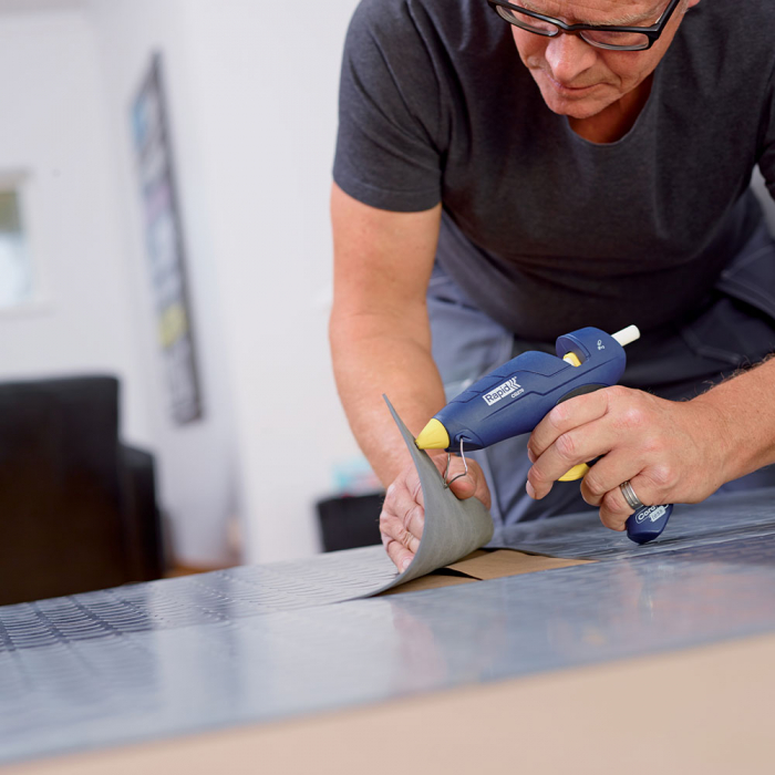 Baton silicon profesional Rapid PVC, Cabluri si Plastic, fixare si reparatii, transparent, Ø12mm x 190mm, baza EVA, 48 buc/blister 5001413-big