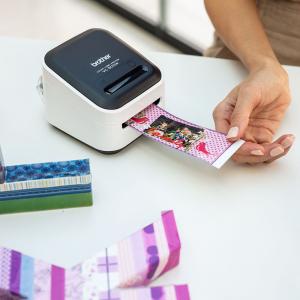 Brother VC-500W imprimanta termica multifunctionala compacta pentru etichete full color, conectare Wireless sau USB, tehnologie printare ZINK Zero Ink, 313 DPI, App gratuit2