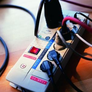 Dymo Embossing Tape 9mm, black, S0898130 S0847720 S084773012
