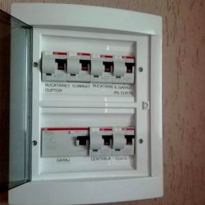 Etichete industriale autocolante, DYMO ID1, poliester permanent, 24mm x 5.5m, negru/alb, 1734523 S07738306