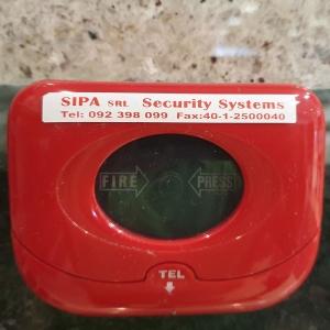 Etichete autocolante, DYMO LabelManager D1, 12mm x 7m, rosu/alb, 45015 S07205503
