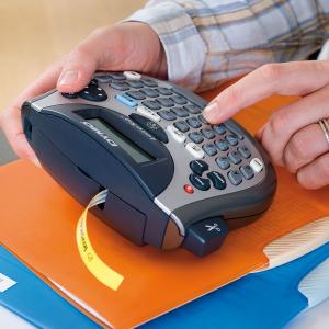 Etichetator Dymo LetraTag LT-100T, compact si portabil, tastatura AZERTY, editare eticheta pe 2 randuri S07583808
