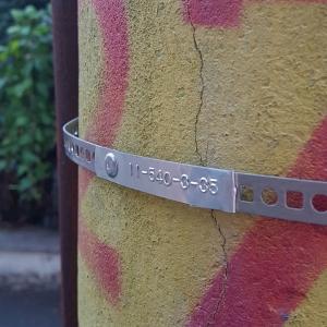 Etichete metalice embosabile industriale DYMO, 12mmx3,65m, aluminiu adeziv, 35800 S07201805