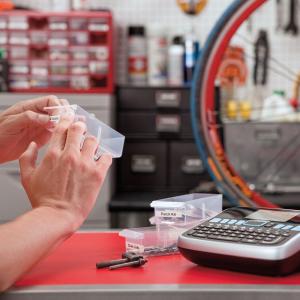 Aparat de etichetat LabelManager 360D QWERTY si 1 caseta etichete profesionale, 12 mmx7m, negru/transparent, S0879480, 450105