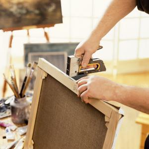 Capse Rapid 13/4 mm, galvanizate, sarma subtire, pentru tapiterie, 2500/cutie carton 118257256