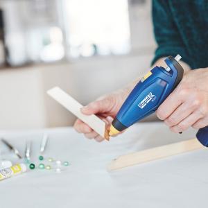 Baton silicon Rapid Decoratiuni Fun to Fix color Modern (albastru, galben, roz, verde si vernil), Universal, Ø7mm x 90mm, baza EVA, 36 buc/blister 50014266